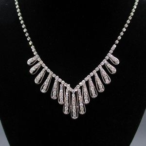 Jewelry - Silver Tone 21 Inch Ornate Clear Crystal Necklace